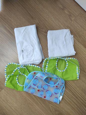 Conjunto fraldas bebé e babetes