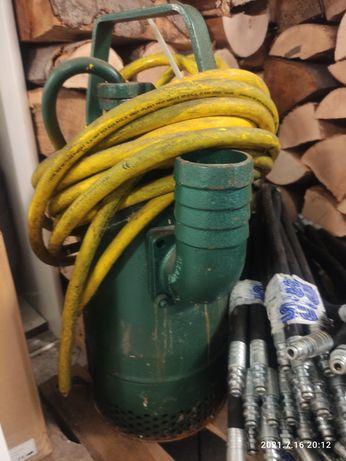 Zatapialna pompa wirowa z wirnikami zamkniętymi