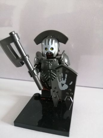 Figurka klocek typu lego lord of the rings uruk hai topór