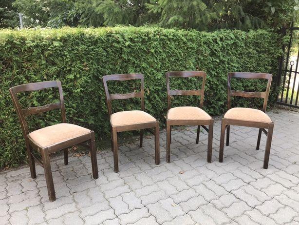 Zabytkowe krzesła wyściełane