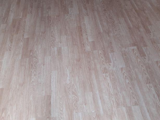 Podłoga panele 40m2