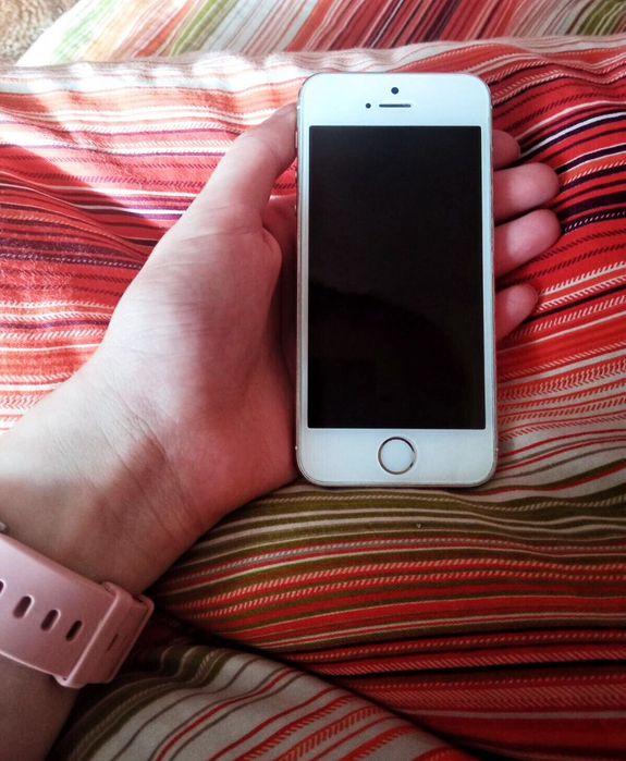 Айфон 5S , 32 ГБ Новая Каховка - изображение 1
