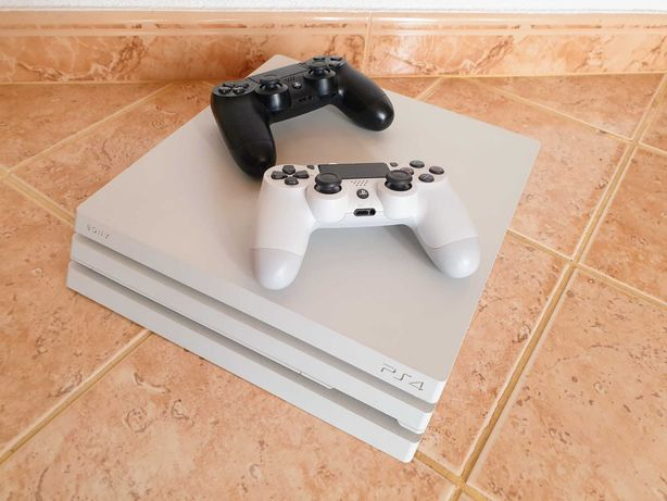 PS4 Pro White / Branca como nova