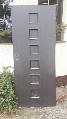 Drzwi wewnętrzne 80cm prawe