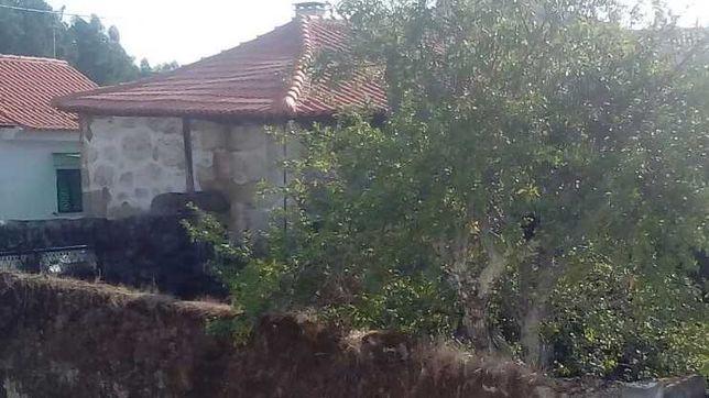 Casa de Pedra p/Remodelação