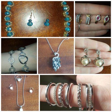 Бижутерия женская. Кольца, браслеты, подвески, гарнитур