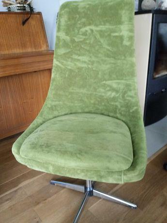Niemiecki Fotel obrotowy zielony, prl