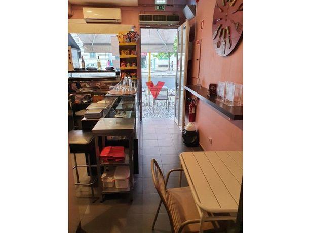 Trespasse Café no Areeiro