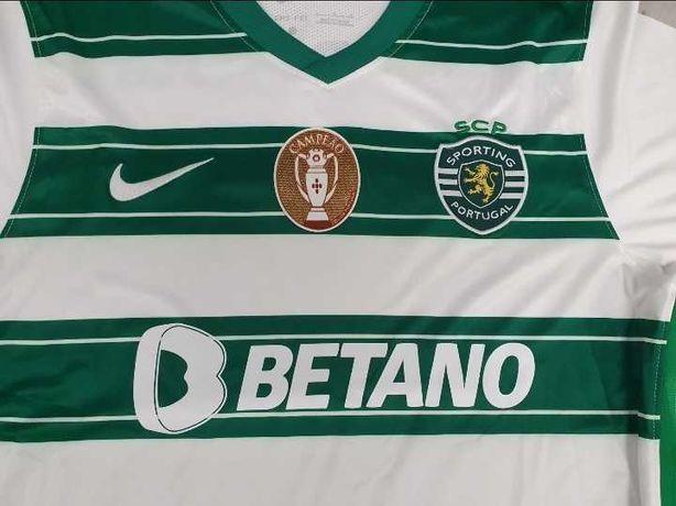 Camisolas dos clubes Sporting e Porto