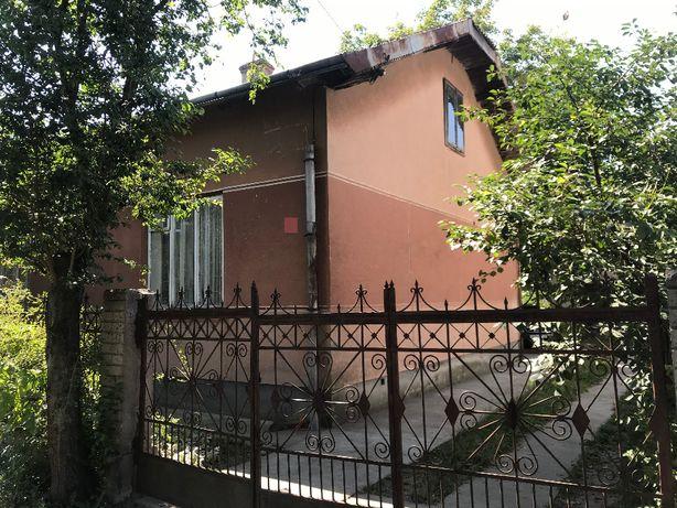 Будинок у затишному районі м.Івано-Франківська