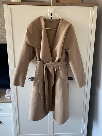 Beżowy camel płaszcz szlafrokowy M/L