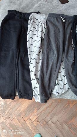 Spodnie chłopięce 146