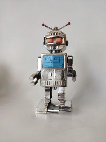 Игрушка робот СССР