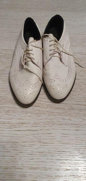 Biale skorzane buty, rozm 41-42 Poznań - image 1