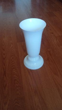 ваза пластик