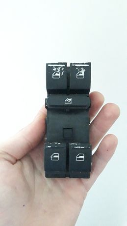 Кнопки стеклоподъемника Skoda блок управления  стеклоподъемника