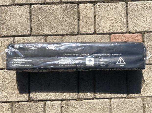 Аварийный пакет: треугольник и жилет для авто