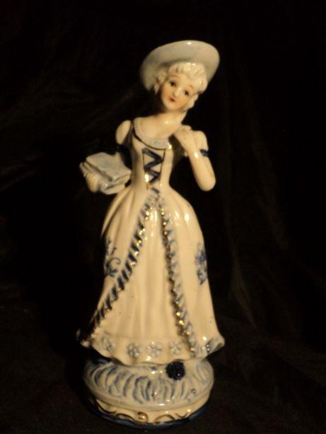 Статуэтка 20см фарфоровая из Франции старина бисквит подарок антиквар