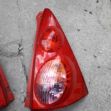 Peugeot 107 lampa prawa tyl