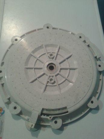 Двигатель, мотор стиральной машины.