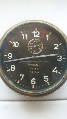 Часы авиационные, номерные  известной немецкой фирмы Kienzle