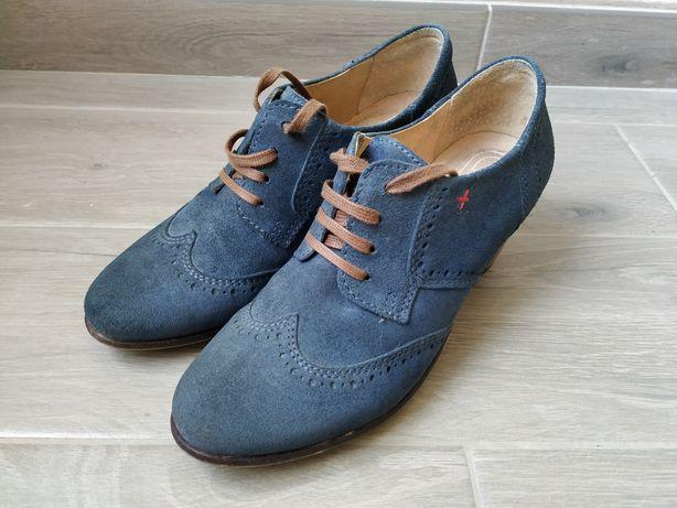 Sapatos Azuis Número 37