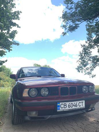 Продам BMW E34 520.