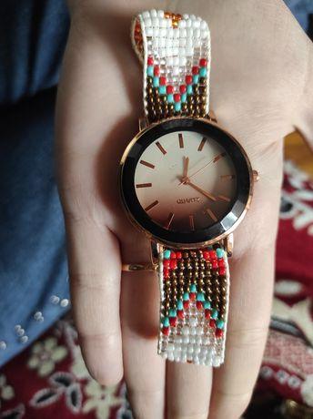 Часы женские красивые