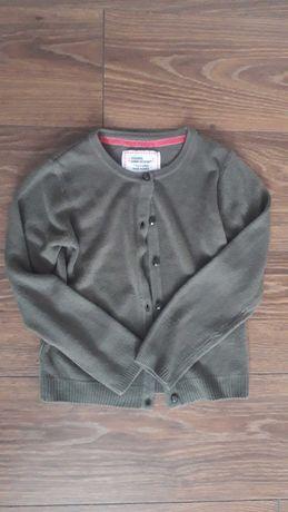 Nowy oliwkowy sweterek dziewczęcy, rozmiar 128
