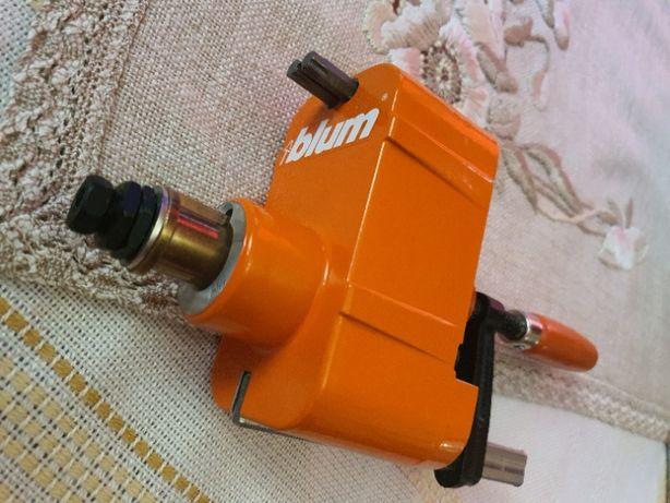 BLUM M31.2000 wzornik wiertarski do włączników servo drive