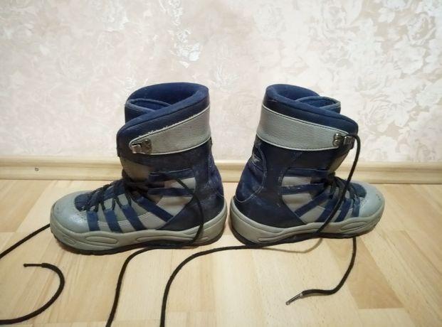 Сноубордические ботинки / Ботинки для сноуборда