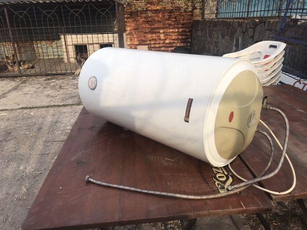 Водонагреватель 100 литров