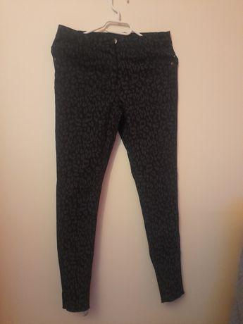 Legginsy,spodnie damskie/ Dziewczęce