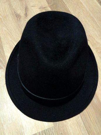 Женская шляпка. Шляпа.