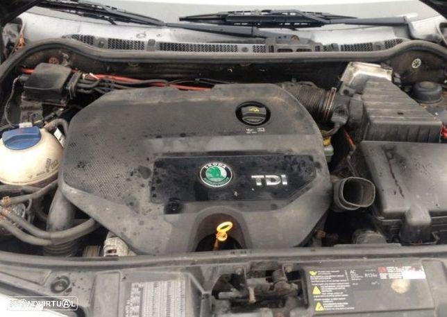 Motor Skoda Octavia Fabia 1.9 tdi 115cv AUY AJM BVK Caixa de Velocidades Arranque + Alternador