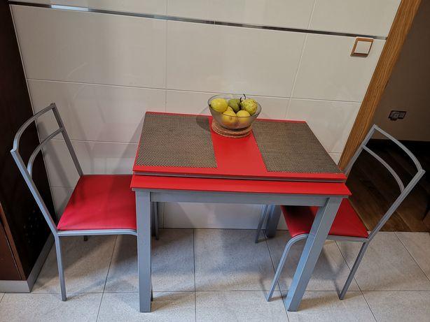 Conjunto mesa e 2 cadeiras de cozinha extensível usado