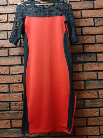 Sukienka czerwona ołówkowa koronka r. M