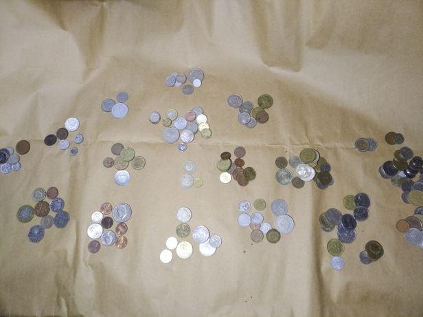 Монети різних країн