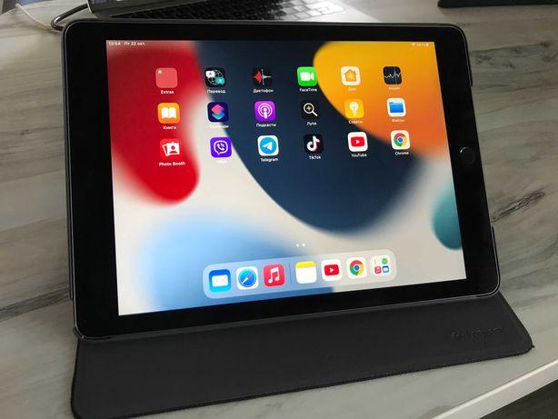 """Планшет Ipad Air 2 (9.7"""" WiFi a1566) - для учебы/ работы / игры"""