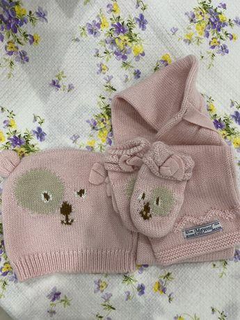 Шапка , шарфік, рукавички. Комплект фірми mayoral 68 см до 6 місяці