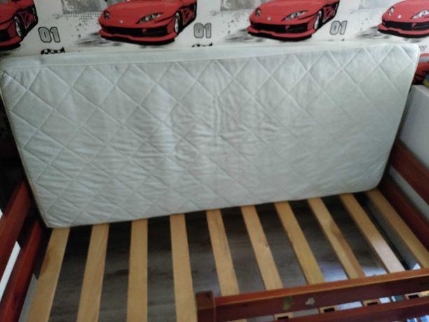 Łóżko drewniane  160x70 z materacem