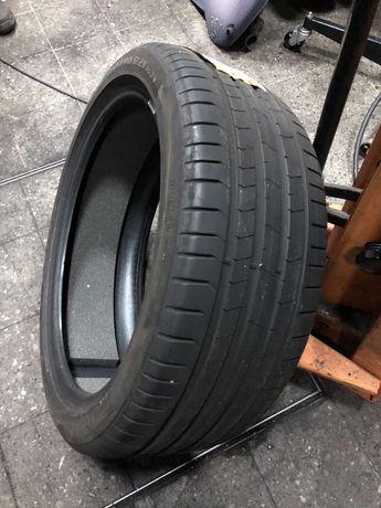 Pirelli 255/40R21