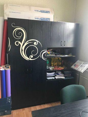 офисный шкаф в хорошем состоянии