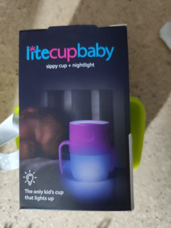 Copo com luz para bebé
