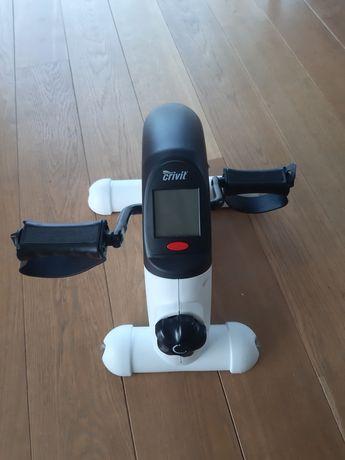 Przyrząd do ćwiczenia rąk i nóg, rowerek treningowy