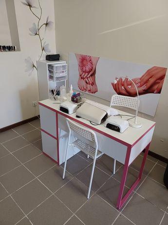 Aluguer de gabinete de estética e manicure