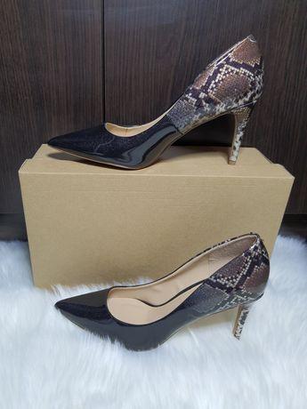 Buty szpilki Dorothy Perkins rozmiar 41 połyskujące wzór wężowy nowe