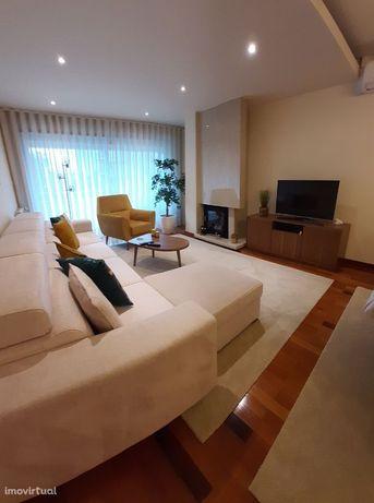 Excelente apartamento T3 renovado -Costa