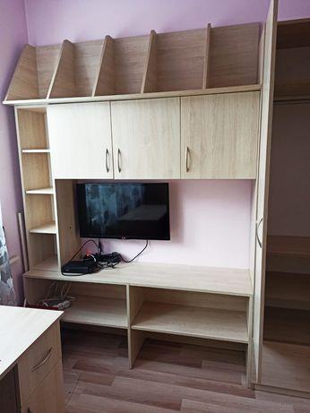 Meble dziecięce łóżko piętrowe biurko