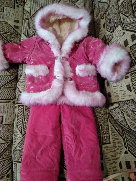 Детский зимний комбинезон + шапочка